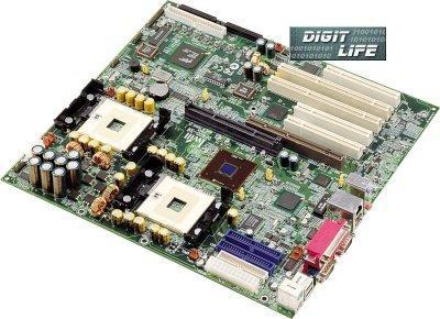 Iwill DX400-SN Xeon-Mainboard (Foto: Digit-Life)