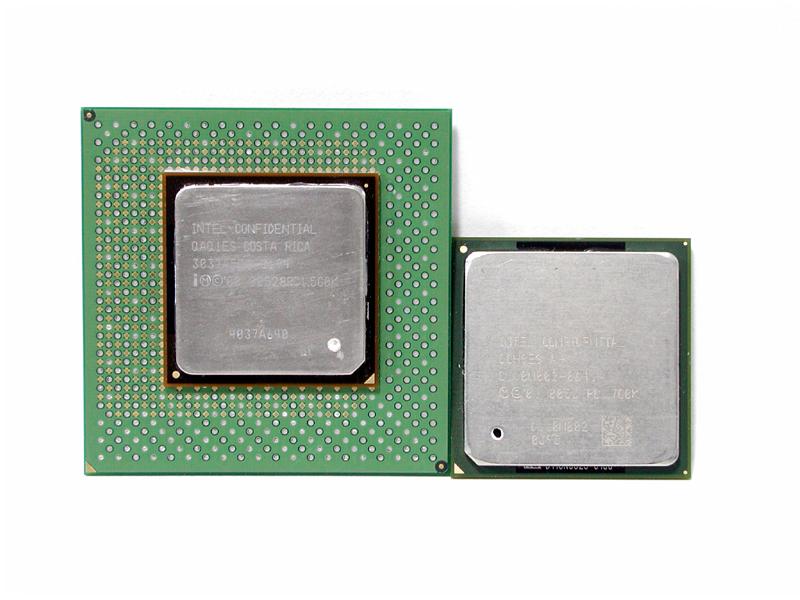 Pentium 4 (links Sockel423, rechts Sockel478)