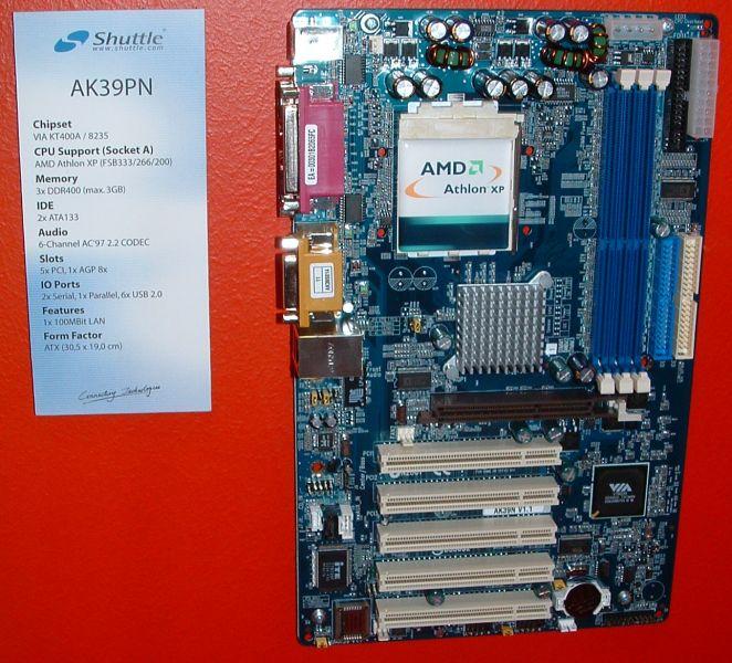 Shuttle AK39PN Mainboard mit VIA KT400A Chipsatz