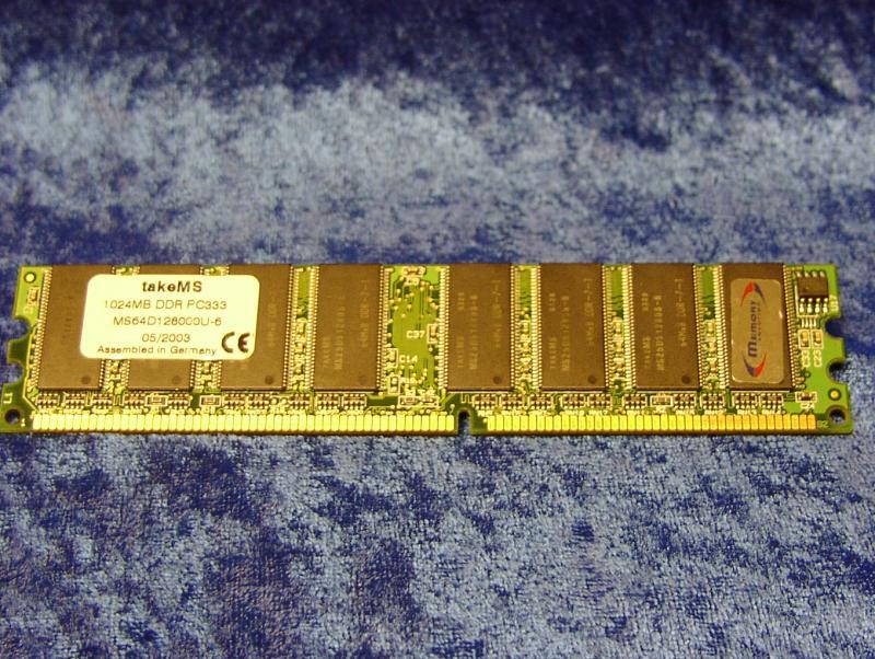 takeMS 1 GB DDR333 SDRAM Modul