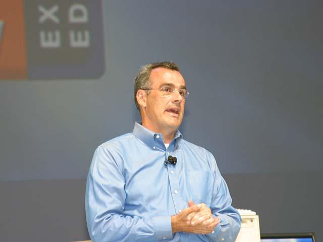 Louis Burns, Vice President und Co-General Manager von Intels Desktop Platforms Group