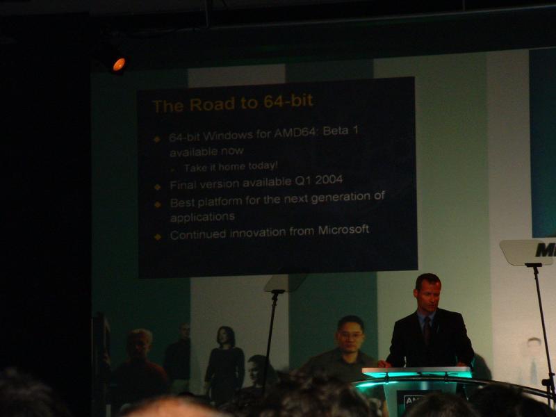 Rolf Schauder von Microsoft versprach Win XP-64 für Q1/2004