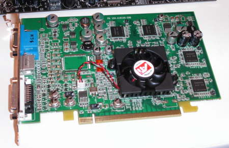 ATI RV380 PCI Express Grafikkarte