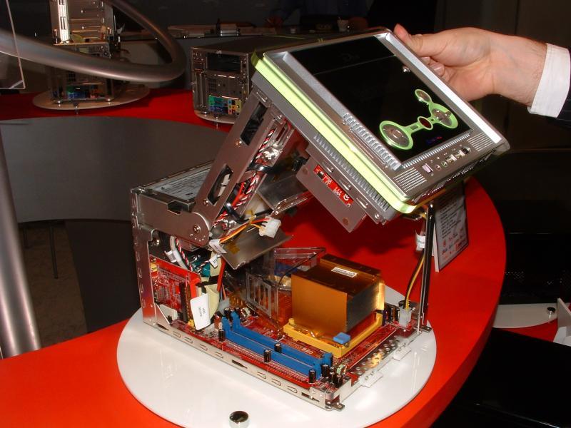 Biostar iDEQ 300G MCE-I Mini-PC Barebone