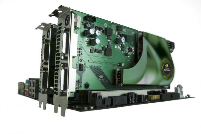 GeForce 7950 GX2 Quad-SLI