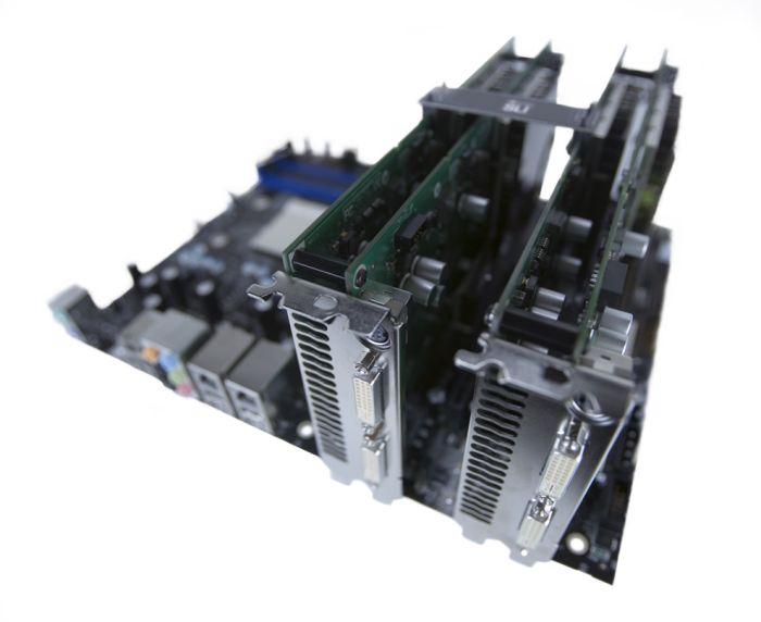 Zwei GeForce 7950 GX2