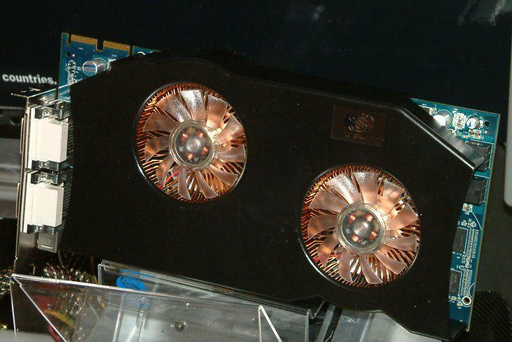 Sapphire Dual Radeon HD 2600 XT