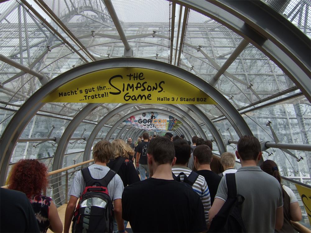 Die Tunnel, die die einzelnen Hallen verbinden, werden enger.