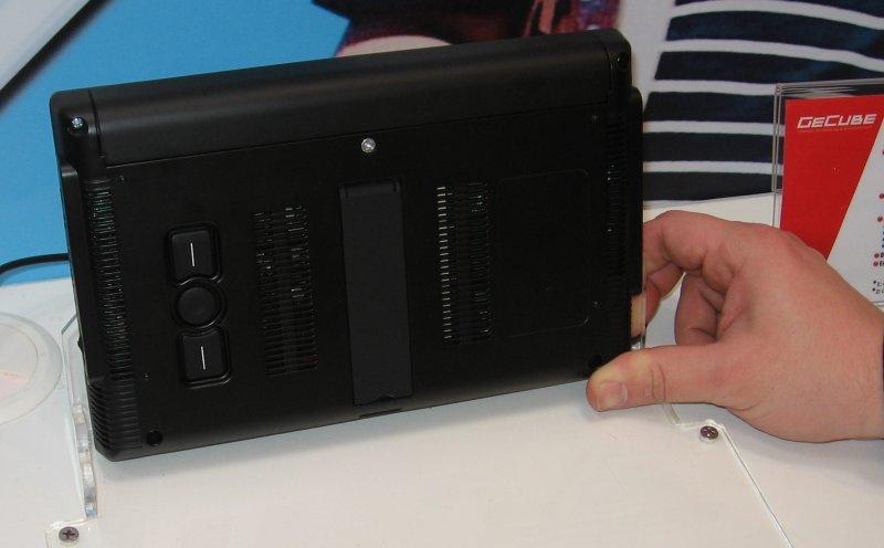 Genie PC: Rückseite des Displays