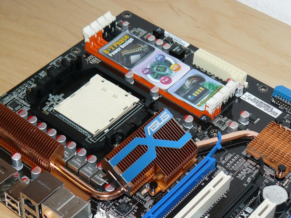 Sockel AM3 und DDR3-Steckplätze