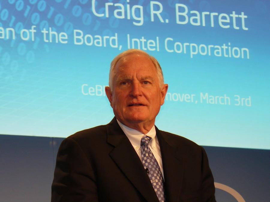 Craig Barrett bei der Einleitung