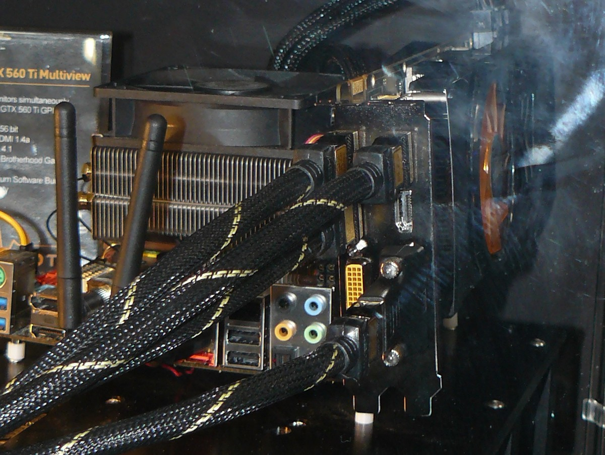 Zotac GeForce GTX 560 Ti Multiview