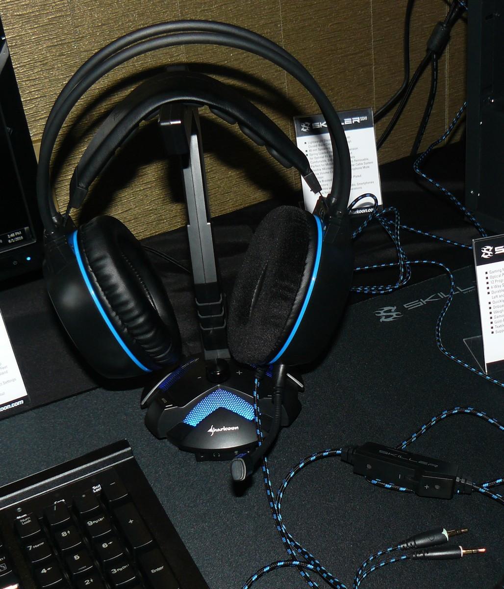Auf Headset-Stand