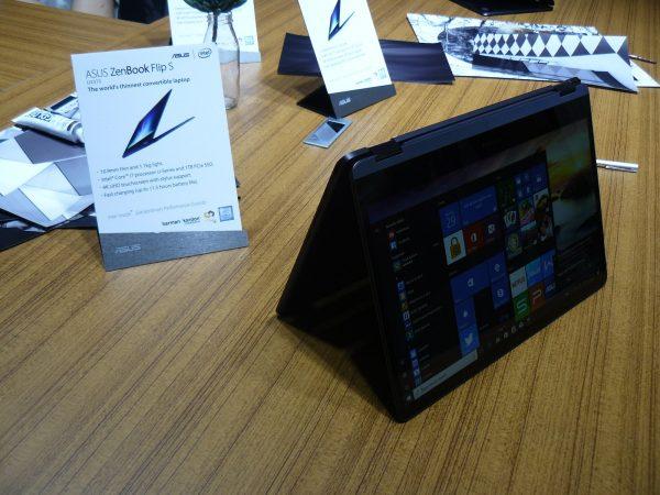 ASUS Zenbook Flip S Tisch