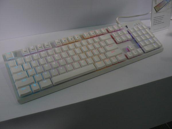Tesoro GRAM Spectrum White