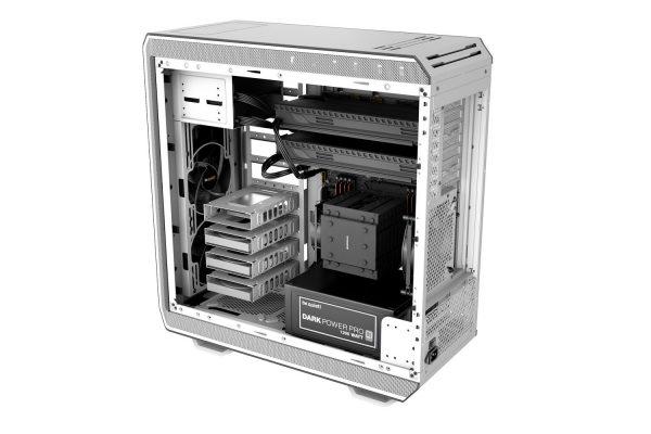 Dark Base Pro 900 White Aufbau verdreht