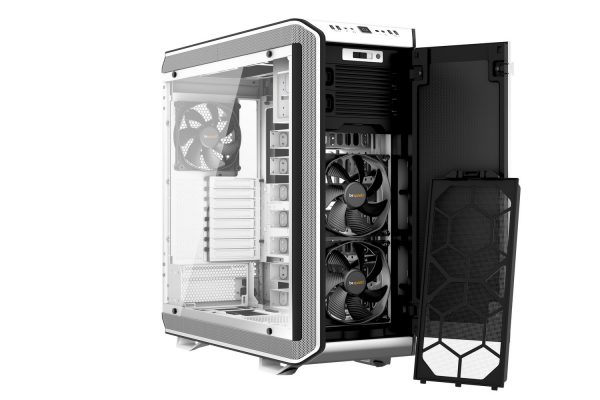 Dark Base Pro 900 White Front