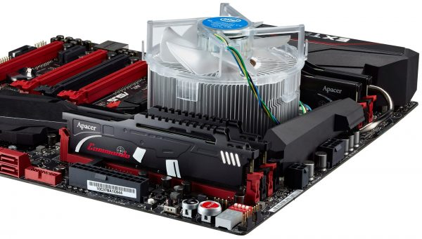 Apacer Commando DDR4 onboard